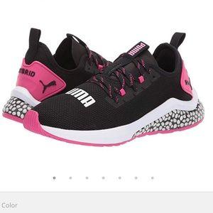 Puma women's Hybrid NX sneakers